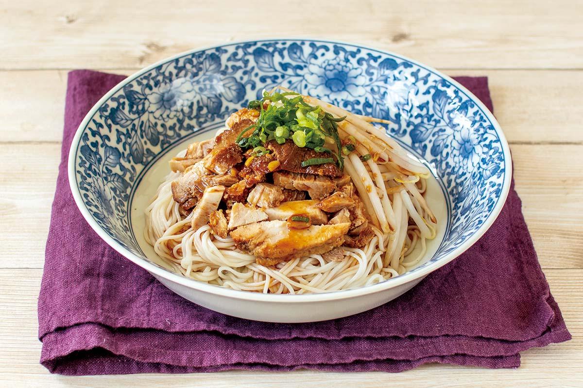 屋台風煮豚の混ぜ麺